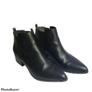 - Bar III Gabby Ankle Boot Size 10